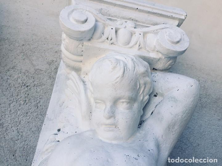 Antigüedades: PAREJA PILASTRAS MENSULAS ELEMENTOS DECORATIVOS FIBRA VIDRIO SIMULA PIEDRA DECORACION BAJO TECHO 130 - Foto 3 - 167959780