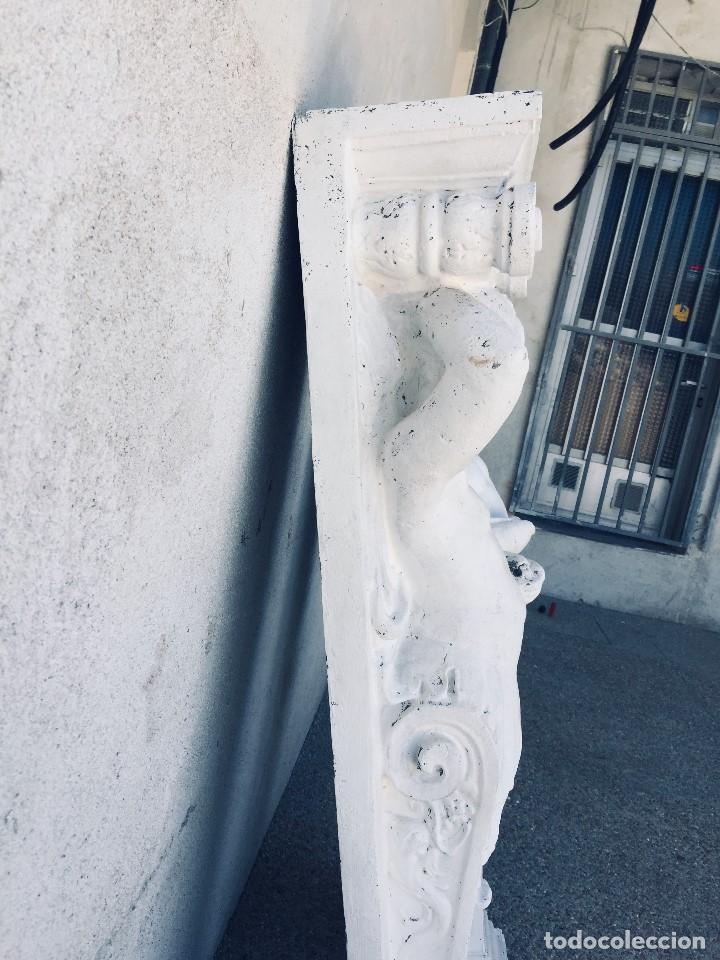 Antigüedades: PAREJA PILASTRAS MENSULAS ELEMENTOS DECORATIVOS FIBRA VIDRIO SIMULA PIEDRA DECORACION BAJO TECHO 130 - Foto 13 - 167959780
