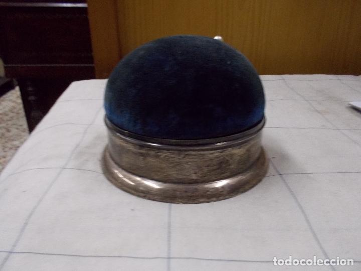 Antigüedades: costurero o alfiletero en plata creo - Foto 2 - 167968232