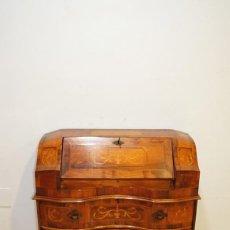 Antigüedades: CÓMODA ANTIGUA SECRETER MADERA Y MARQUETERÍA. Lote 167972776