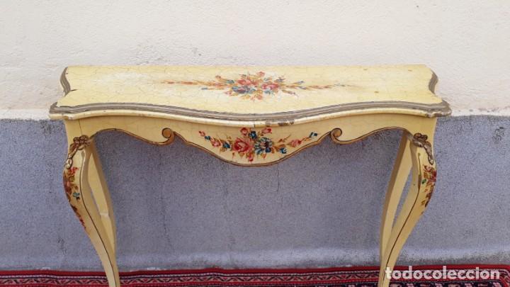 Antigüedades: Consola antigua policromada flores. Consola antigua estilo Luis XV isabelino. Mueble vintage. - Foto 7 - 167981692
