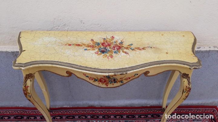 Antigüedades: Consola antigua policromada flores. Consola antigua estilo Luis XV isabelino. Mueble vintage. - Foto 9 - 167981692