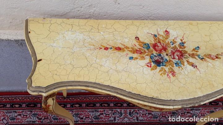 Antigüedades: Consola antigua policromada flores. Consola antigua estilo Luis XV isabelino. Mueble vintage. - Foto 10 - 167981692