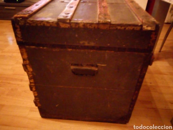Antigüedades: Antiguo Baul de madera y tela - Siglo XIX - Foto 3 - 168008142