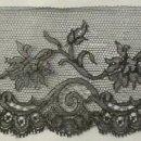 Antigüedades: ANTIGUO ENCAJE DE CHANTILLY S. XIX. Lote 168161904