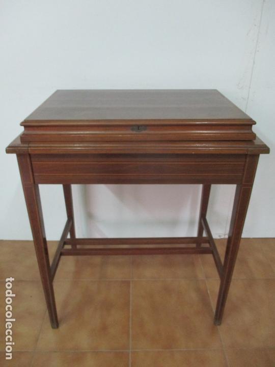 Antigüedades: Curiosa Mesa de Despacho - Art Deco - Escribanía Camuflada - Madera de Caoba - Años 20-30 - Foto 2 - 168188884