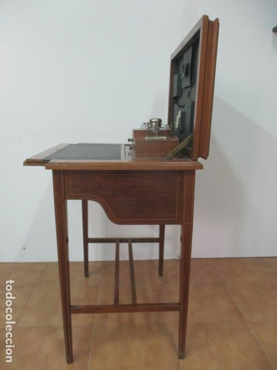 Antigüedades: Curiosa Mesa de Despacho - Art Deco - Escribanía Camuflada - Madera de Caoba - Años 20-30 - Foto 20 - 168188884
