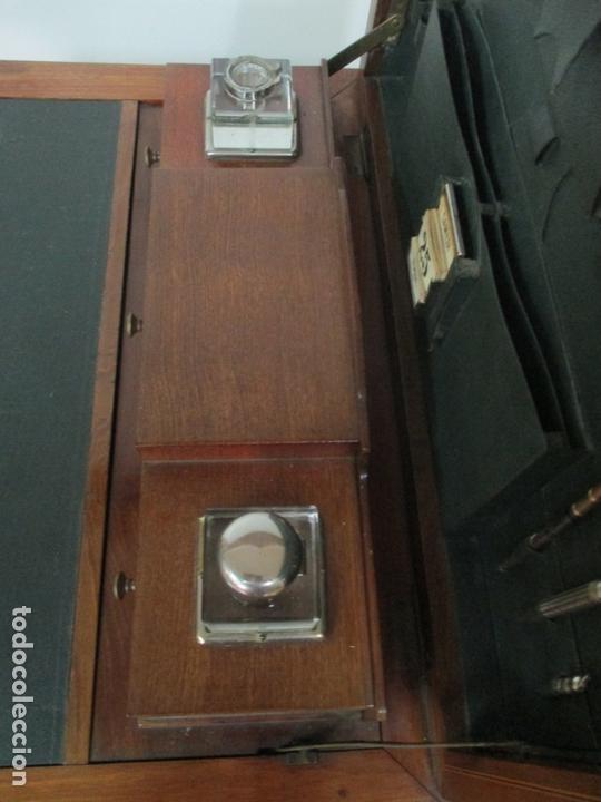 Antigüedades: Curiosa Mesa de Despacho - Art Deco - Escribanía Camuflada - Madera de Caoba - Años 20-30 - Foto 22 - 168188884