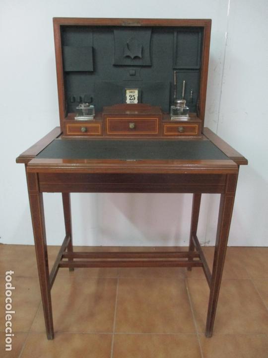 CURIOSA MESA DE DESPACHO - ART DECO - ESCRIBANÍA CAMUFLADA - MADERA DE CAOBA - AÑOS 20-30 (Antigüedades - Muebles Antiguos - Mesas de Despacho Antiguos)