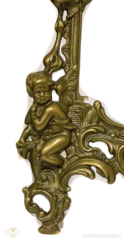 Antigüedades: Espectacular marco para fotos, en bronce macizo de diseño recoco. - Foto 2 - 168255628