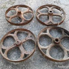 Antigüedades: 4 RUEDAS ANTIGUAS HIERRO FUNDIDO USO INDUSTRIAL AGRICOLA. Lote 51365297
