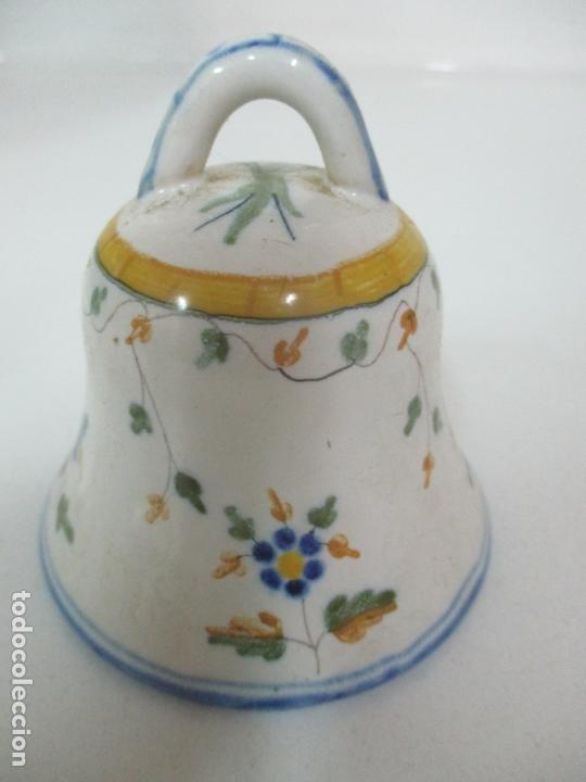 BONITA CAMPANA, CAMPANILLA - PORCELANA ALCORA - FIRMA EF (Antigüedades - Porcelanas y Cerámicas - Alcora)