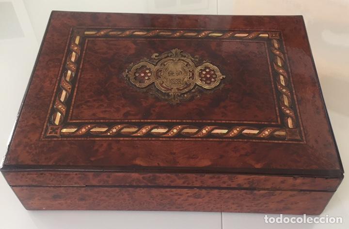 Antigüedades: ANTIGUA CAJA FRANCESA NAPOLEÓN SIGLO XIX CON INCRUSTACIONES DE NÁCAR Y MADREPERLA - Foto 4 - 168364140