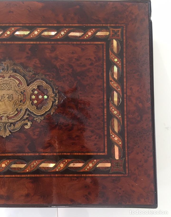 Antigüedades: ANTIGUA CAJA FRANCESA NAPOLEÓN SIGLO XIX CON INCRUSTACIONES DE NÁCAR Y MADREPERLA - Foto 8 - 168364140