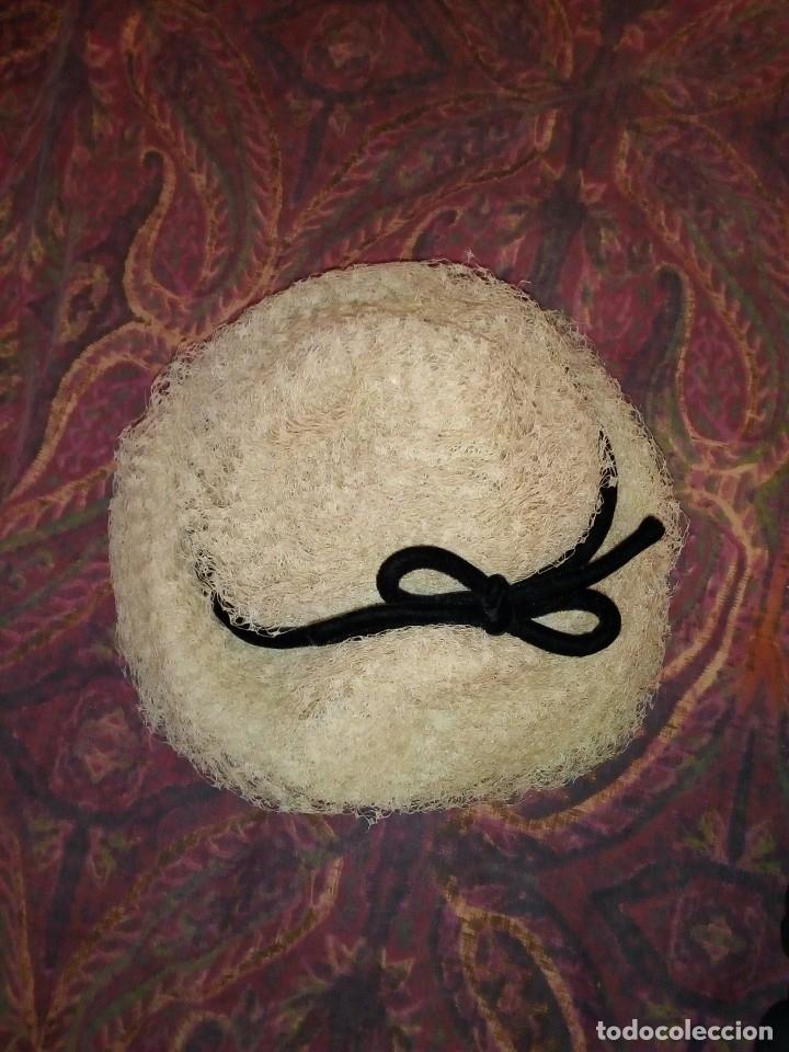 Antigüedades: dos sombreos antiguos y una sombrerera - Foto 4 - 168388476