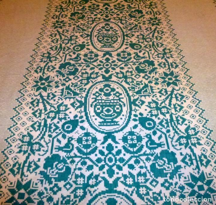 Antigüedades: Pareja de antiguas colchas cubre camas de algodon en color verde y blanco.220 x 170 cm - Foto 3 - 168505856