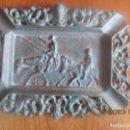 Antigüedades: CENICERO -D. QUIJOTE Y SANCHO -METAL. Lote 168518900