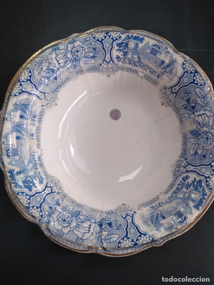 SAN CLAUDIO, ENSALADERA SIGLO XX DE 1940-1943 (Antigüedades - Porcelanas y Cerámicas - San Claudio)
