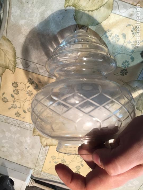 Antigüedades: Antiguas 2 tulipa / tulipas / globos de cristal tallado a mano años 40-50 - Foto 3 - 168522696