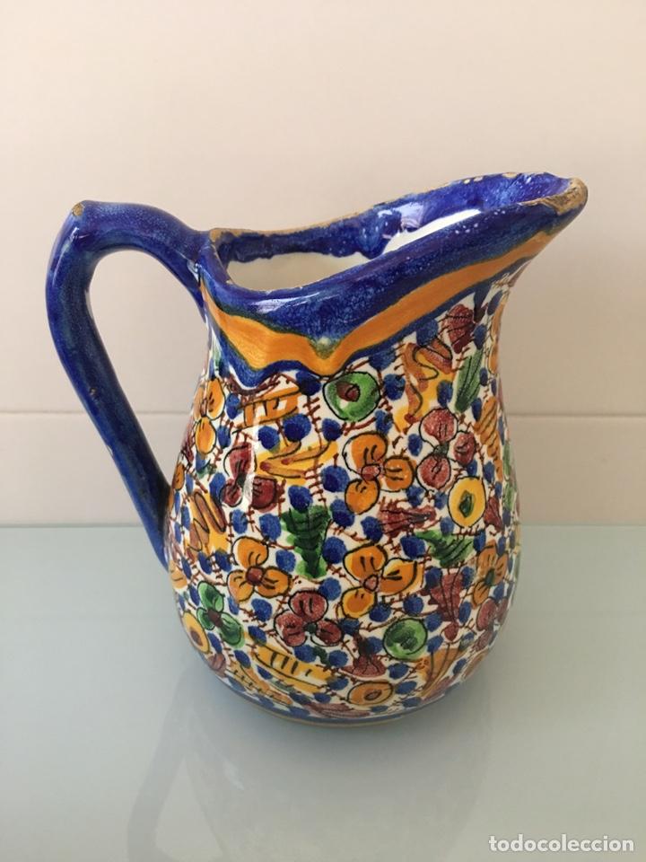 Antigüedades: Antigua jarra de cerámica de Manises firmada VG Vicente Gimeno - Foto 3 - 168553338