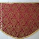Antigüedades: MANTO BROCADO GRANATE ROJO Y FLORES EN ORO PARA VIRGEN . SEMANA SANTA - COLOR DORADO - CON ENCAJE. Lote 168559184