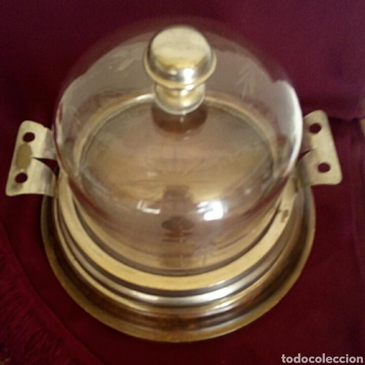 Antigüedades: Pastelera. Tartera de cristal tallado y alpaca. Con cupula de cristal. - Foto 3 - 168595642