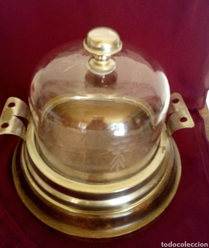 Antigüedades: Pastelera. Tartera de cristal tallado y alpaca. Con cupula de cristal. - Foto 5 - 168595642