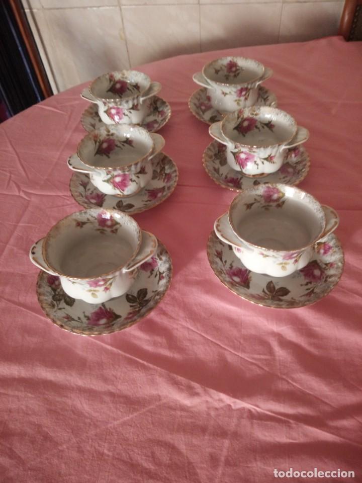 Antigüedades: Precioso juego de tazones con asa y platos de porcelana chodziez made in poland moss rose,12 piezas - Foto 2 - 168621436