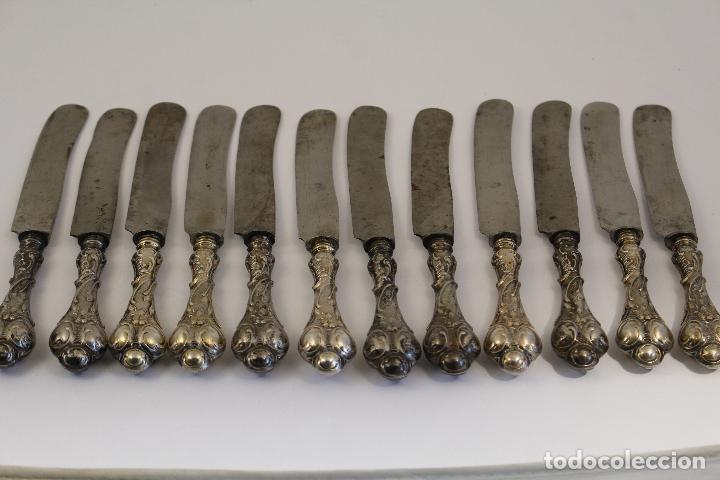 Antigüedades: 12 cuchillos antiguos en plata de ley 800 milesimas - Foto 5 - 168651636