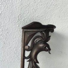 Antigüedades: MENSULA RINCONERA DE NOGAL PRINCIPIOS DEL XX. VER FOTOS ANEXAS. . Lote 168670208