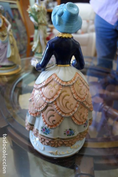 Antigüedades: FIGURA DE PORCELANA ALEMANA MEISSEN DEL SIGLO XX - Foto 3 - 168671780