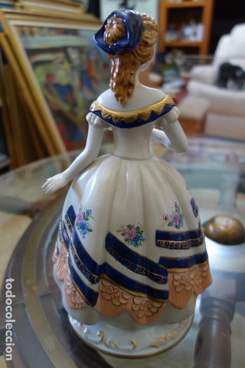 Antigüedades: FIGURA DE PORCELANA ALEMANA MEISSEN DEL SIGLO XX - Foto 3 - 168673064