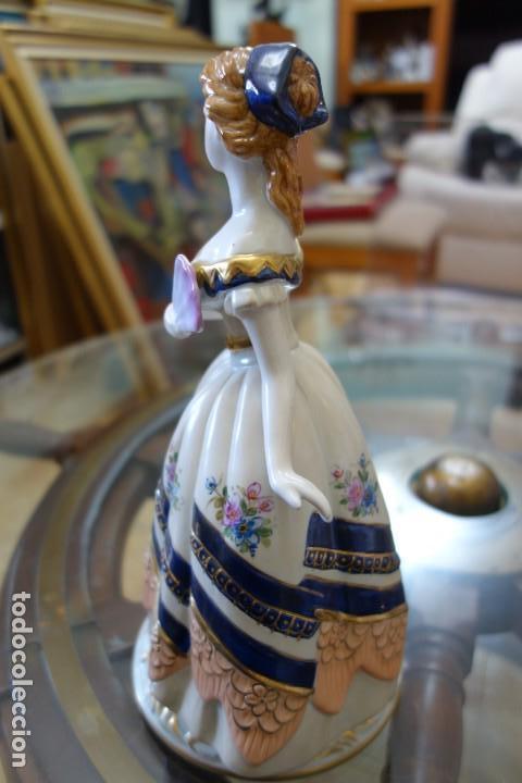 Antigüedades: FIGURA DE PORCELANA ALEMANA MEISSEN DEL SIGLO XX - Foto 4 - 168673064