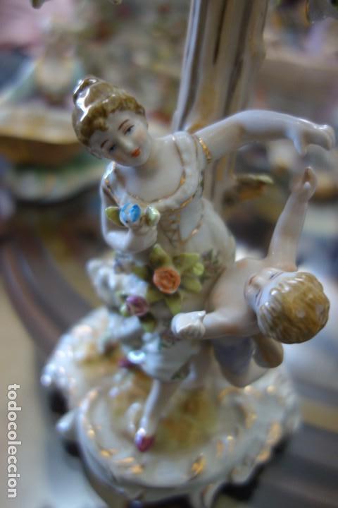 Antigüedades: CANDELABRO DE PORCELANA ALEMANA DE MEISSEN DEL SIGLO XIX - Foto 4 - 168677928