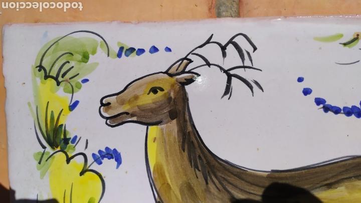 Antigüedades: Azulejo ciervo 20 x 29 cm. - Foto 2 - 168678422