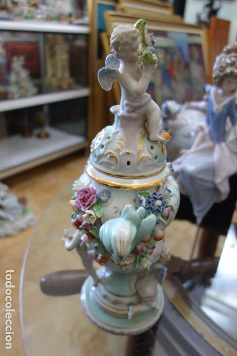 Antigüedades: BOMBONERA DE PORCELANA ALEMANA DEL SIGLO XIX - Foto 5 - 168679184