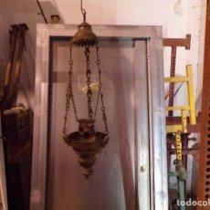 Antigüedades: LAMPARA VOTIVA IGLESIA CON ANGELES Y PIEDRAS CRISTALES DE COLORES. Lote 168709780