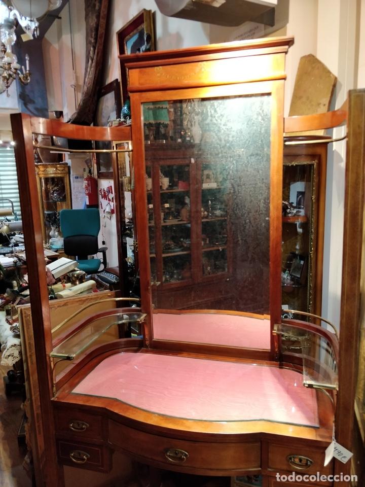 Antigüedades: Antigua coqueta tocador estilo art deco, con espejo y cuatro cajones-Alto 195 ancho 95 fondo 50cm - Foto 3 - 133246358