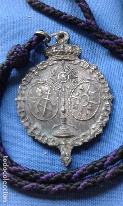 Antigüedades: SEMANA SANTA SEVILLA - ANTIGUA MEDALLA GRAN TAMAÑO DE LA HERMANDAD DE SAN BERNARDO MIDE 9.5X6.5 CM - Foto 2 - 168849240