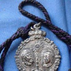 Antigüedades: SEMANA SANTA SEVILLA - ANTIGUA MEDALLA GRAN TAMAÑO DE LA HERMANDAD DE SAN BERNARDO MIDE 9.5X6.5 CM. Lote 168849240