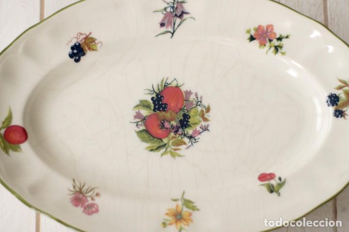 Antigüedades: Lote de 2 bandejas de Porcelana Decoradas de San Claudio - Asturias - España - Foto 2 - 168853092