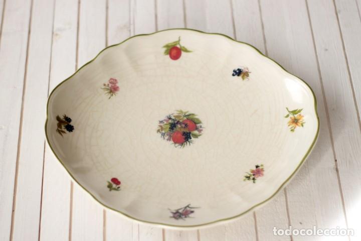 Antigüedades: Lote de 2 bandejas de Porcelana Decoradas de San Claudio - Asturias - España - Foto 5 - 168853092