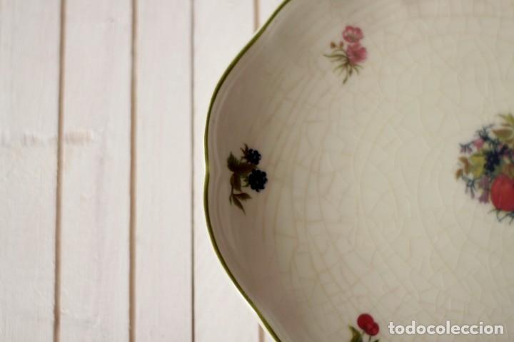 Antigüedades: Lote de 2 bandejas de Porcelana Decoradas de San Claudio - Asturias - España - Foto 7 - 168853092