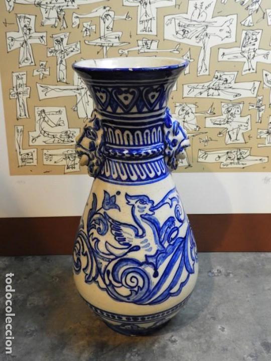 Antigüedades: JARRON DE CERAMICA DE TALAVERA TONOS AZULES CON DRAGON - Foto 8 - 168858124