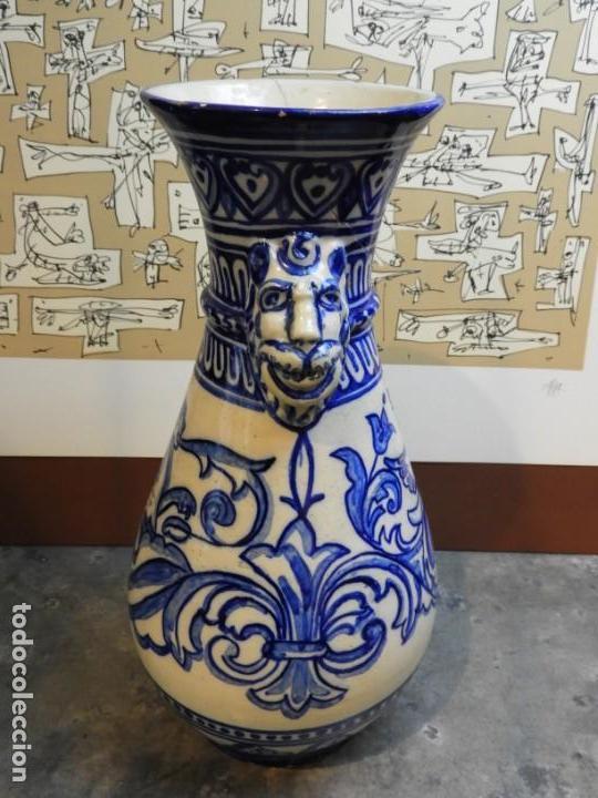 Antigüedades: JARRON DE CERAMICA DE TALAVERA TONOS AZULES CON DRAGON - Foto 5 - 168858124