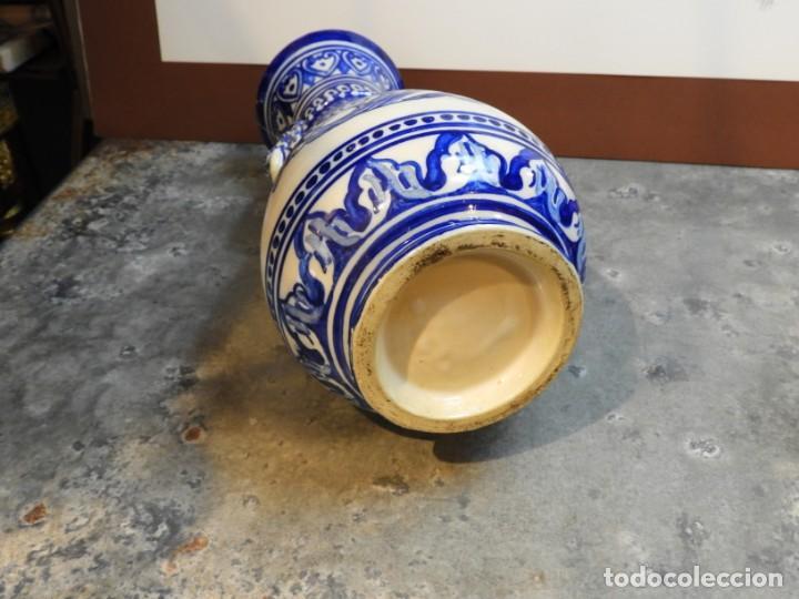 Antigüedades: JARRON DE CERAMICA DE TALAVERA TONOS AZULES CON DRAGON - Foto 7 - 168858124