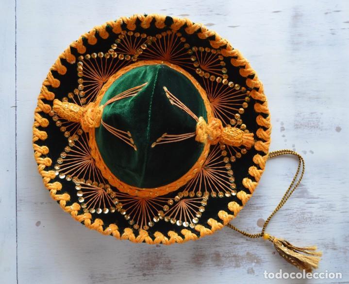 AUTÉNTICO SOMBRERO MEXICANO PARA NIÑO HECHO A MANO, ADQUIRIDO EN MÉXICO EN 1994, MARCA LUNA. (Antigüedades - Moda - Sombreros Antiguos)