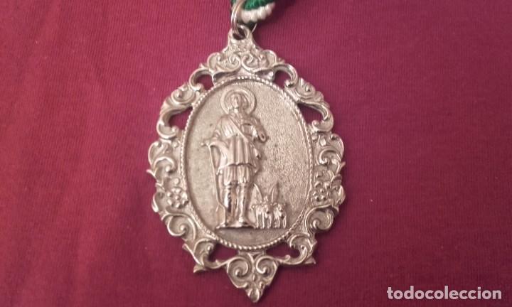 Antigüedades: Medalla Hermandad San Isidro. Huelva provincia. - Foto 3 - 168945808