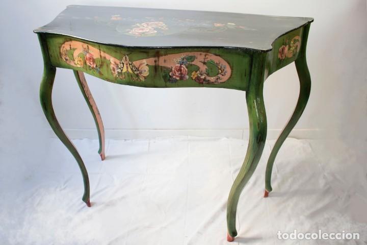 Antigüedades: Consola de roble con pata cabriolé y marco. Recuperados y pintados a mano con motivos florales - Foto 52 - 168973384
