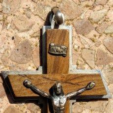Antigüedades: MEDALLA ANTIGUA CRUZ CRISTO CRUCIFICADO 7 X 4 CM - AD24. Lote 195370000
